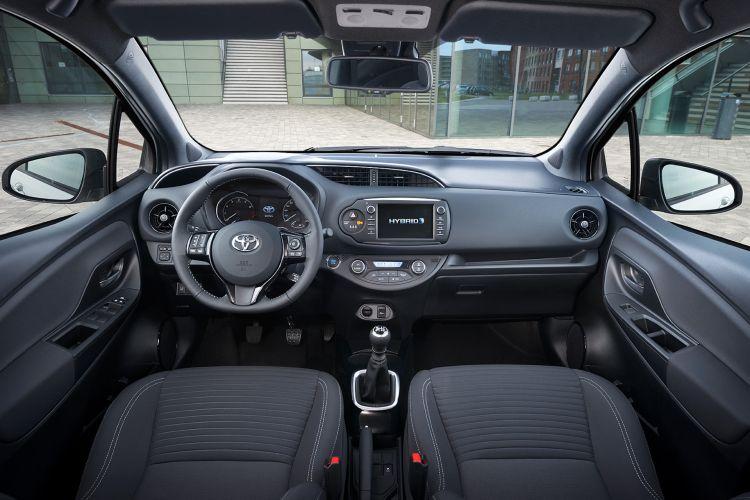 Toyota Yaris 2017 Iinterior X12