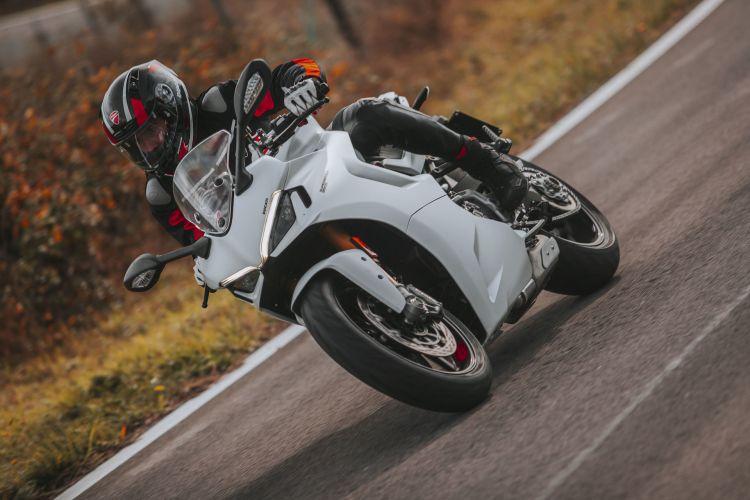 Traje Moto Ducati Supersport 950 S60