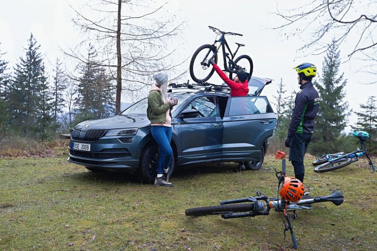 Transport Carry Bicycles Correctly Fine Skoda Bicycles 02