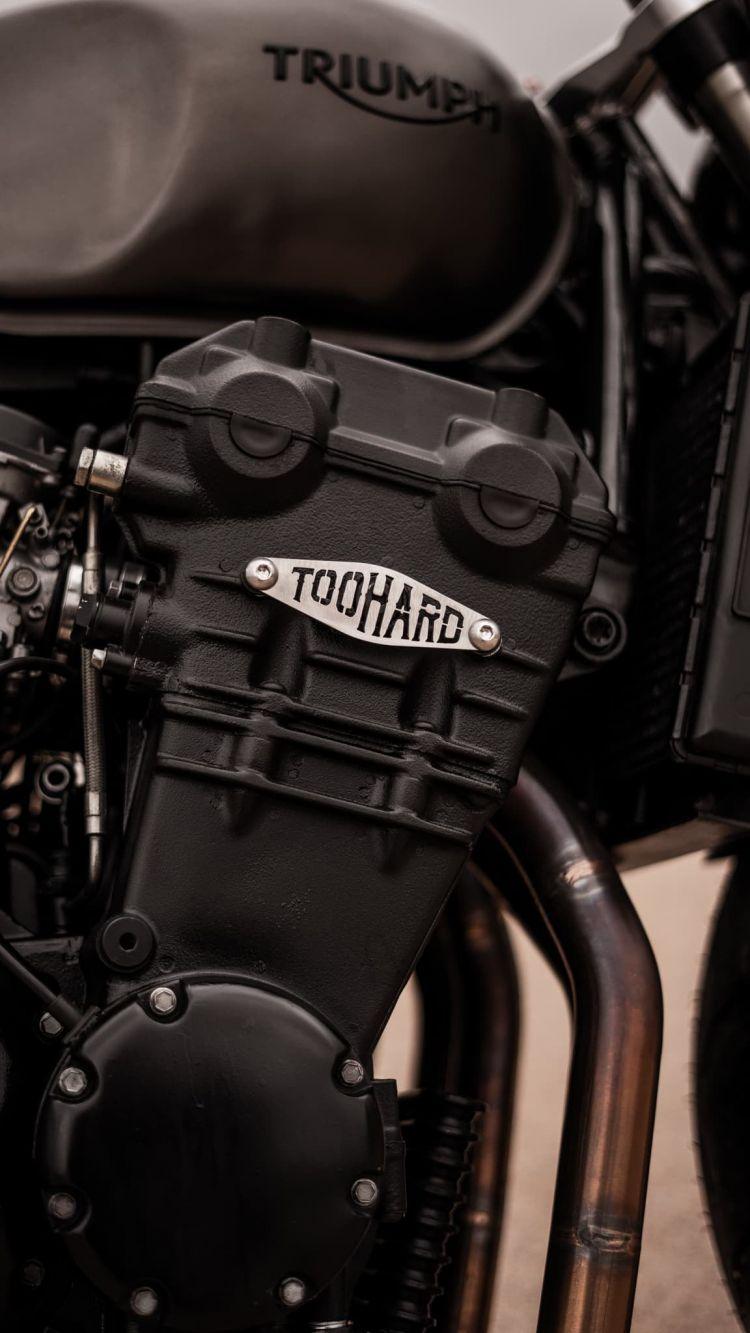 Triumph Bobber Toohard Dsc00559