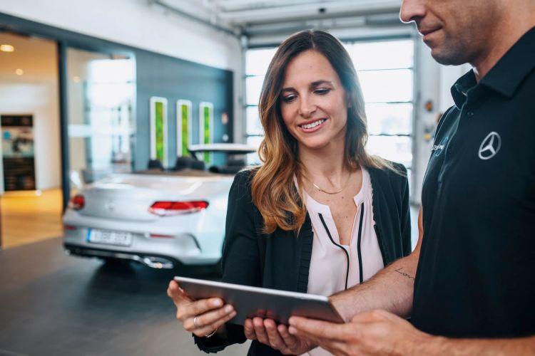 """Zukunft Des Vertriebs: """"best Customer Experience 4.0"""" Future Of Sales: """"best Customer Experience 4.0"""""""