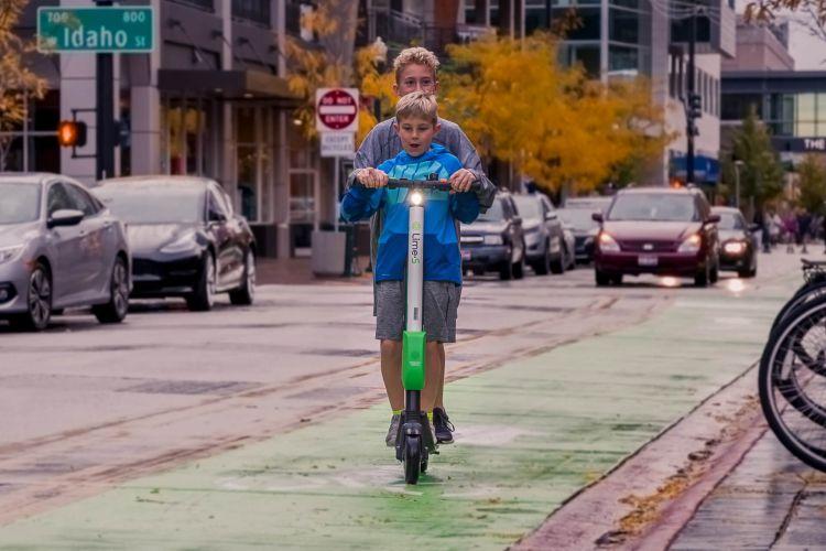 Vehiculo Movilidad Personal  06
