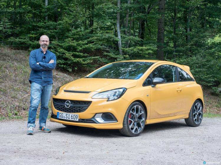 Video Opel Corsa Gsi  01