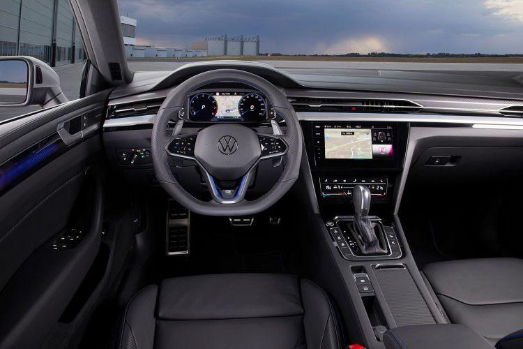Volkswagen Arteon 2020 Shooting Brake R Azul 02