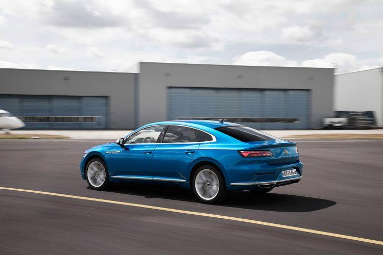 Volkswagen Arteon E Hybrid Azul 2020 03