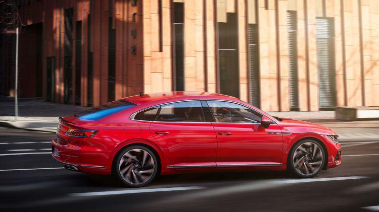 Volkswagen Arteon R Line Rojo 2020 07
