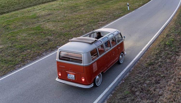 Volkswagen E Bulli 2020 009