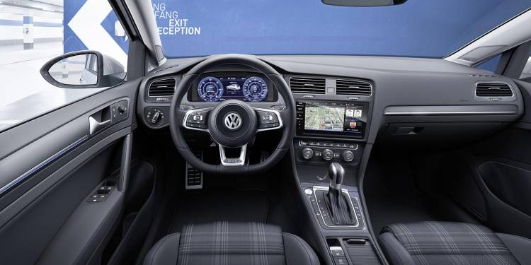 volkswagen-golf-2017-15