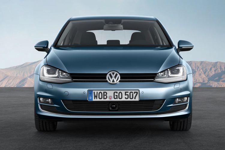 Volkswagen Golf 7 Front 3