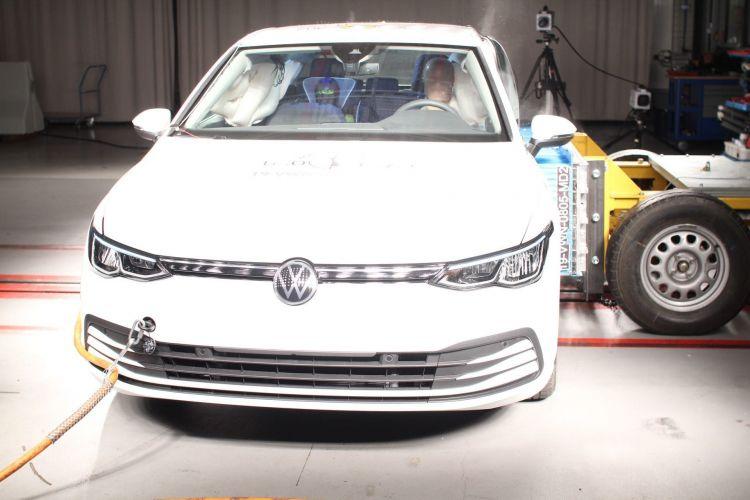 Volkswagen Golf 8 Euoncap 2