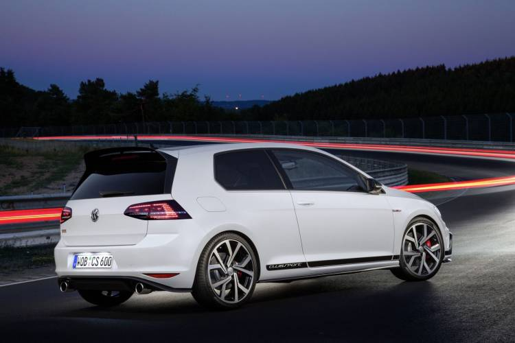 volkswagen-golf-gti-clubsport-2016-18