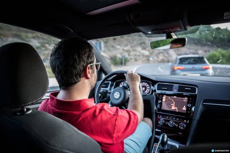 Volkswagen Golf R Seat Leon Cupra R 65