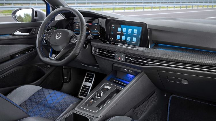 Volkswagen Golf R Variant 2021 0621 017