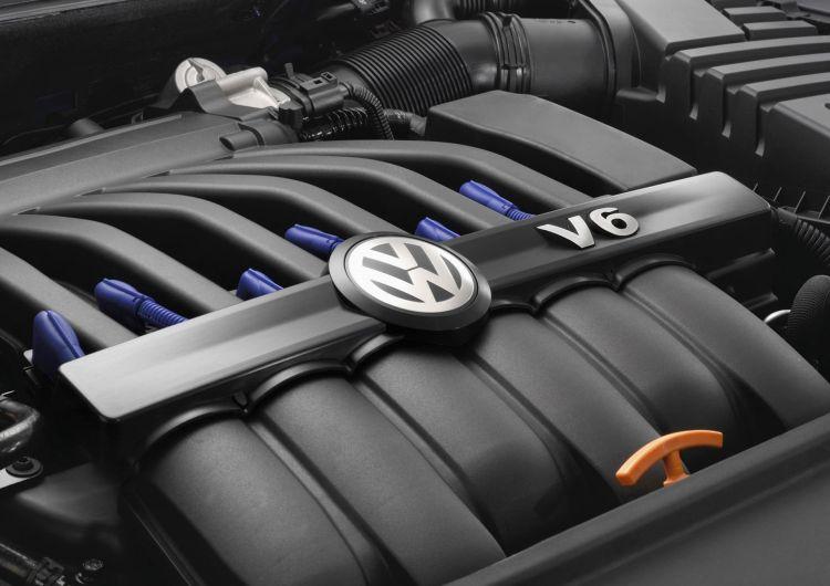 Volkswagen Golf R32 Motor V6 2021 007