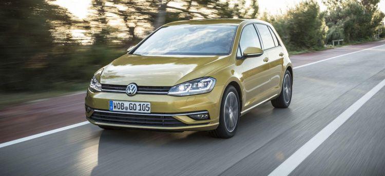 Volkswagen Golf Stock Junio