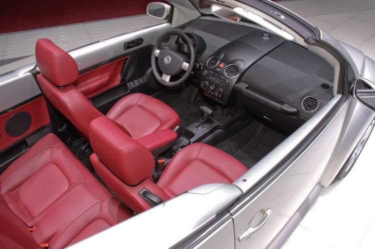 Volkswagen New Beetle Cabrio Blush