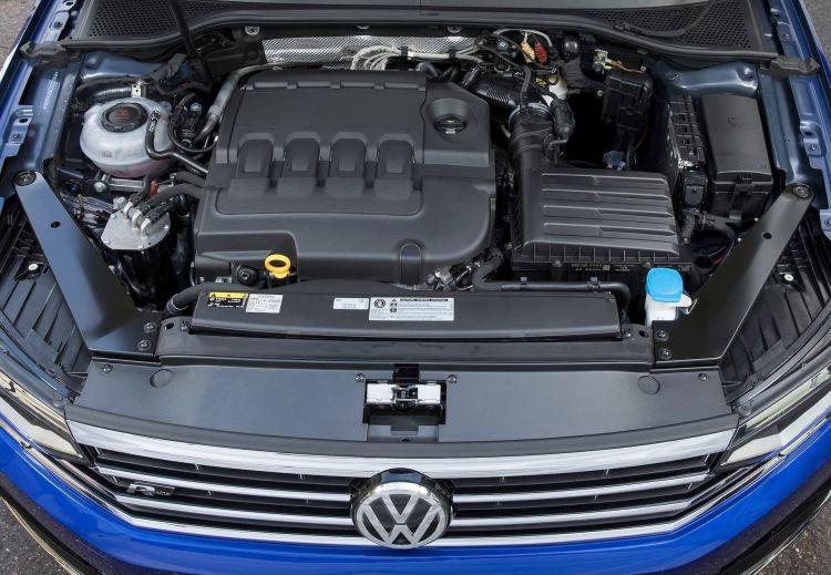 Volkswagen Passat Variant R Line