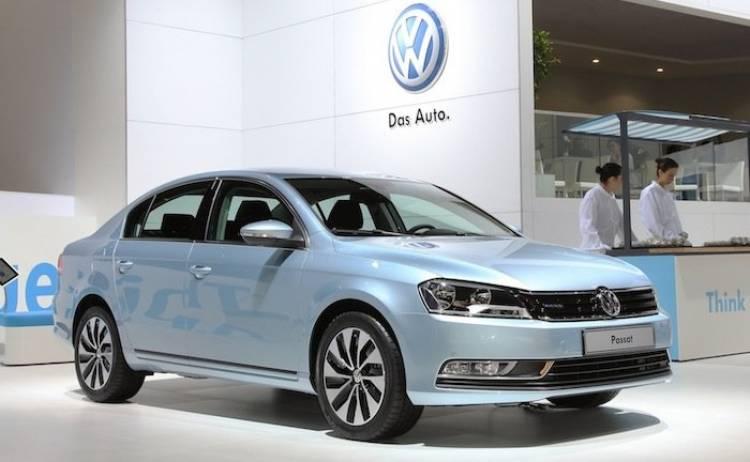 Volkswagen Passat Bluemotion II 2011