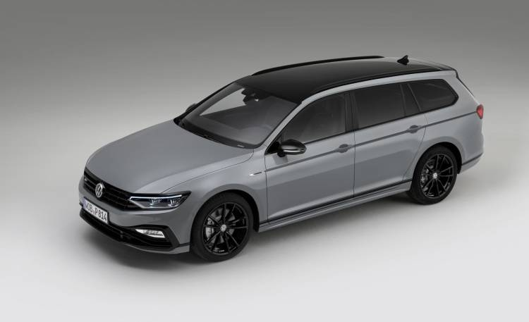 The New Volkswagen Passat Variant R Line Edition