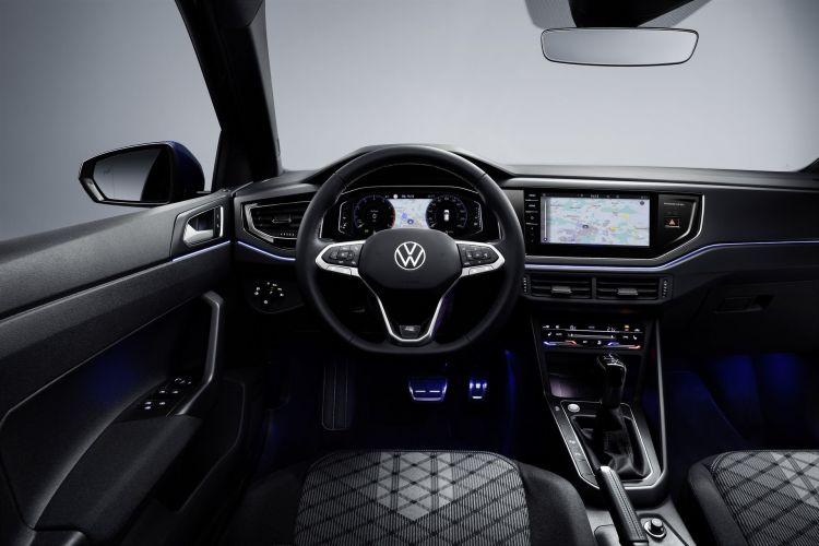 Volkswagen Polo 2021 2 R Line Interior