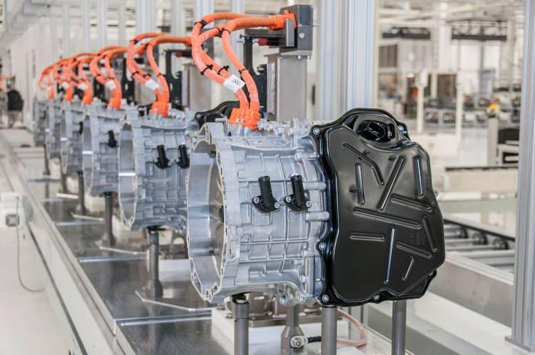volkswagen-recorta-30000-empleos-02