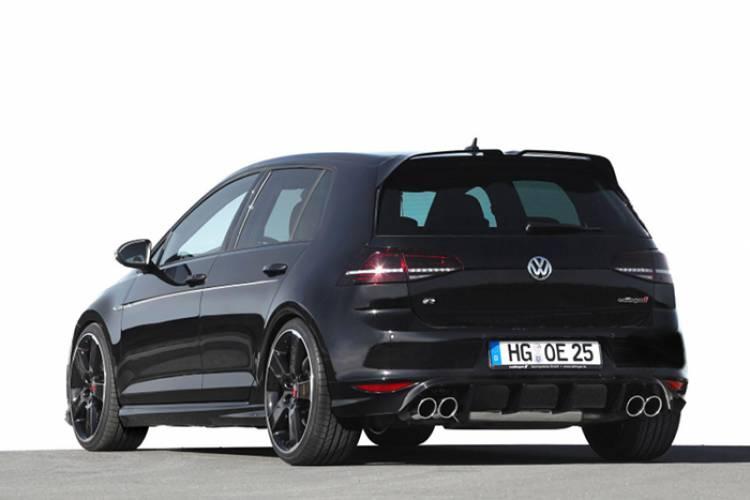 Oettinger lleva también al Volkswagen Golf R hasta los 400 caballos