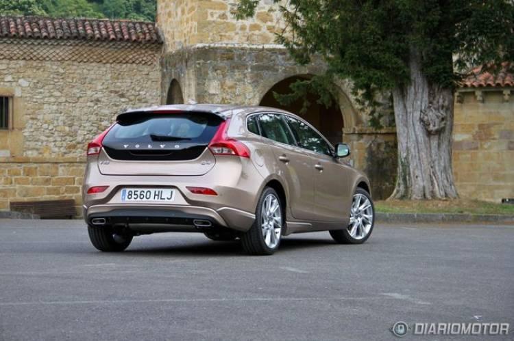 Volvo V40, presentación y prueba en Asturias (I). Aire fresco y calidad sueca para el segmento