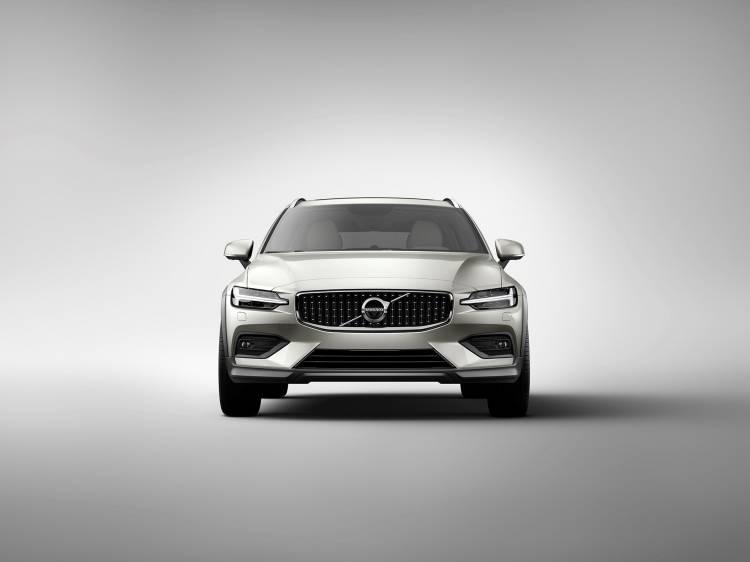 Volvo V60 Cross Country 2019 11