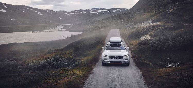 Volvo V90 Cross Country Cofre
