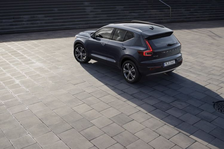 Xc40 Recharge Plug In Hybrid Inscription, In Denim Blue Metallic