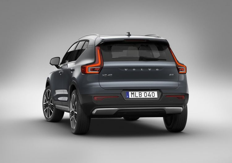 Xc40 Awd Inscription Expression, In Denim Blue Metallic