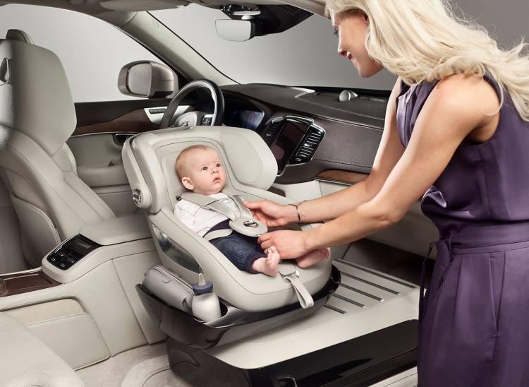volvo-xc90-excellence-child-seat-concept-01-1440px