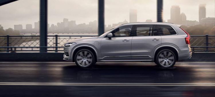 Volvo Xc90 Velocidad Limitada 180 01