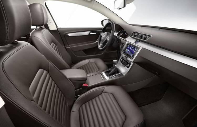 Volkswagen Passat Exclusive, dosis extra de equipamiento y distinción