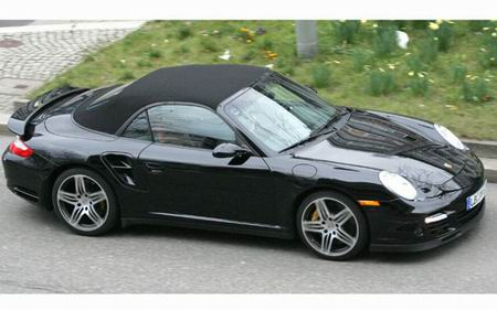 Porsche 911 Turbo Cabriolet, fotos espía