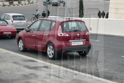 Nuevo Renault Mégane Scénic, fotos espía sin camuflaje