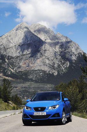 Seat Ibiza SportCoupé, datos oficiales y galería de imágenes