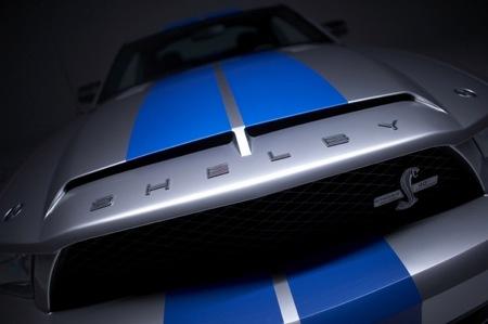 Shelby Cobra GT500KR, más potencia americana