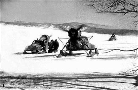 Snowmobile Sever-2, coche clásico ruso con hélice para circular por nieve