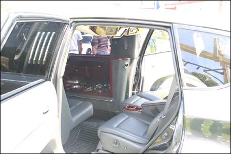 Subaru Tribeca convertido en limusina
