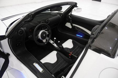 Tesla Roadster, tocado por BRABUS