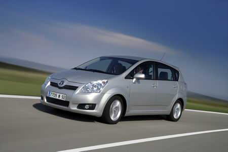 Toyota Corolla Verso, ligera renovación