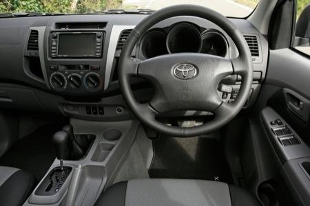 Toyota Hilux 2010. toyota hilux 2011 diesel.