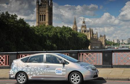 Toyota Prius plug-in hybrid, de pruebas en el Reino Unido y Japón
