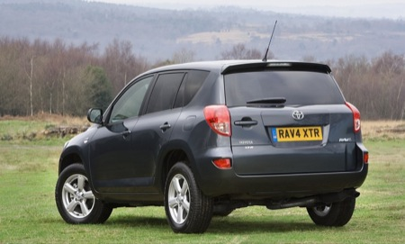 Toyota Yaris TR y RAV-4 XT-R para 2008