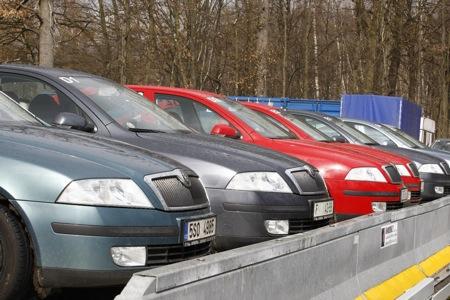 Cómo se hacen las pruebas de neumáticos en el TÜV