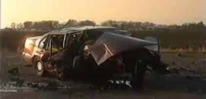 Crashtest poco habitual: Volvo 960 contra BMW 525i a 100 km/h, vídeo