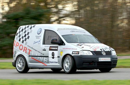 Volkswagen Caddy Racer, 2.0 TDI de 260 CV para competir