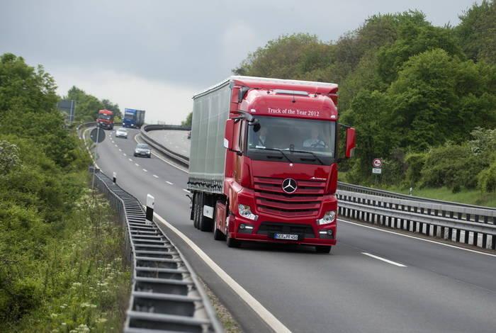 Mercedes Predictive Powertrain Control, GPS para reducir el consumo [Laboratorio Tecmovia]