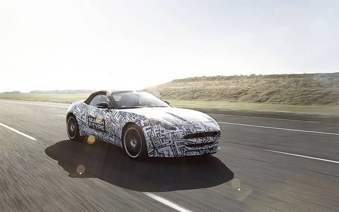 Jaguar incorpora dos nuevos motores gasolina a su gama